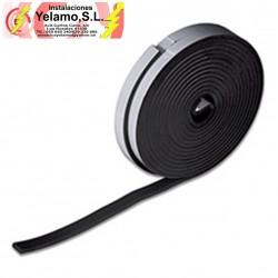 Burlete-Protector de espuma. Adhesivo 15x5mm 10 mNegro. Caja-display 1 rollo